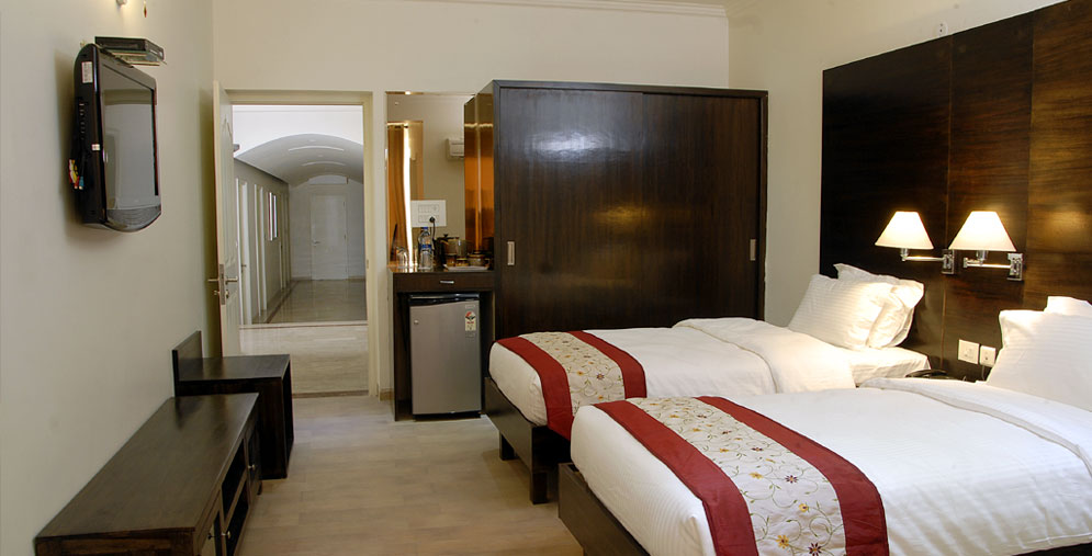Jaipur hotel booking